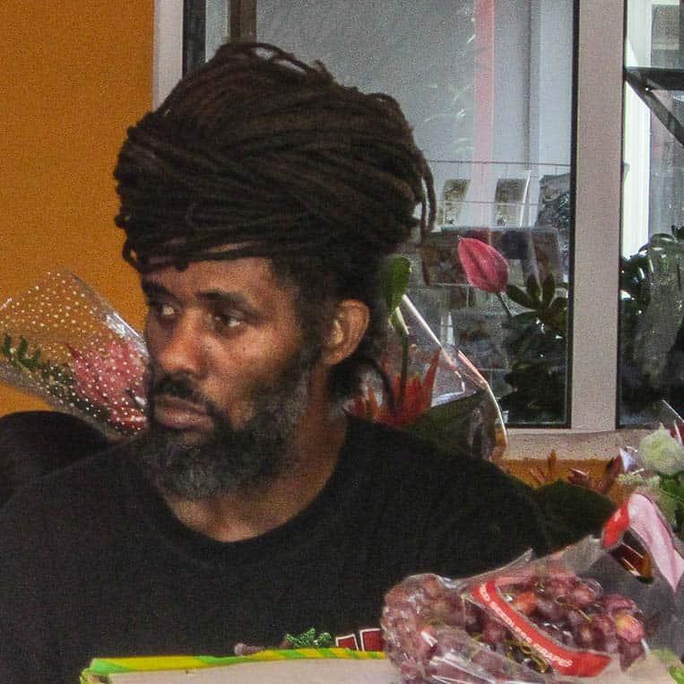 Reggae, Rastafari und weiße Strände gibt es nicht nur auf Jamaica