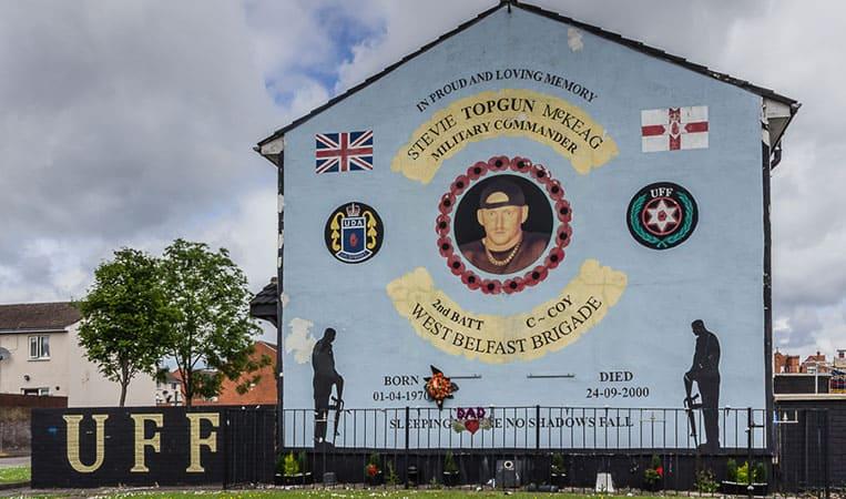 politischen Wandmalereien in Belfast
