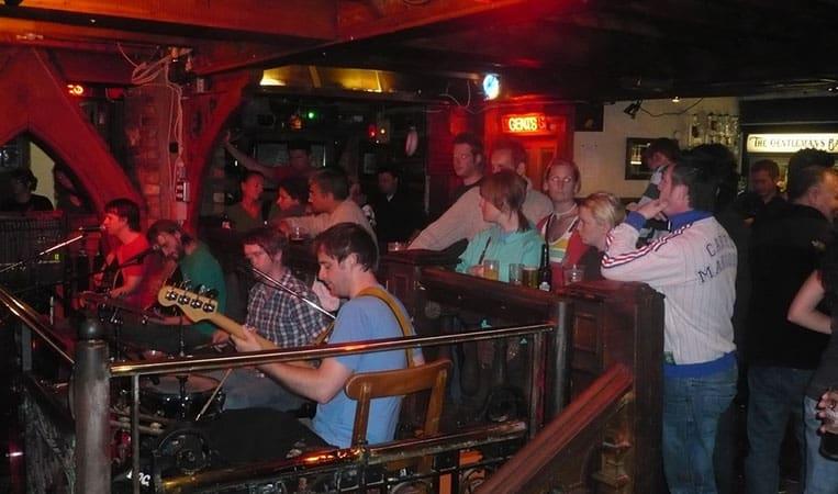Pub mit Livemusik