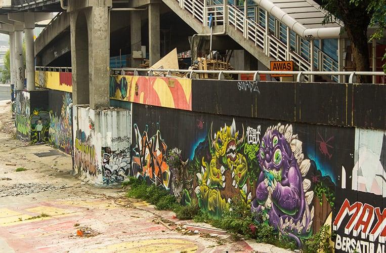 Streetart am LRT Ausgang Pasar Seni
