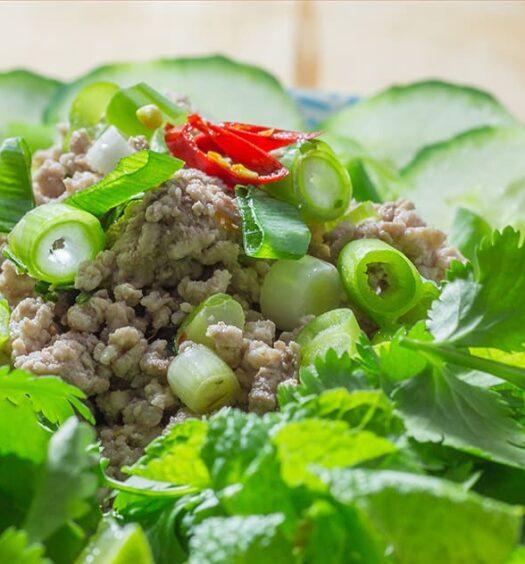 Thailändisches Rezept für Larb Moo