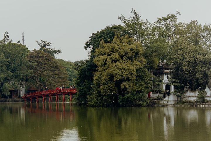 Der Hoan-Kiem-See Hanoi Vietnam