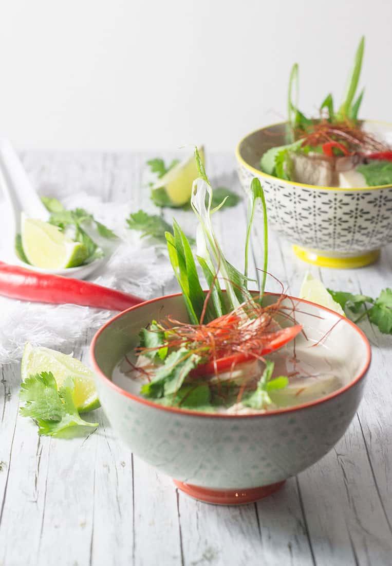 Tom Kha Gai |Rezept für Thailändische Hühnersuppe mit Kokosmilch