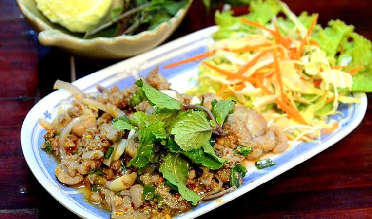 Laap, das laotische Nationalgericht
