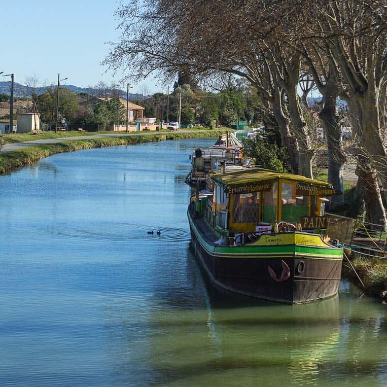 Supermarktschiff am Canal du Midi