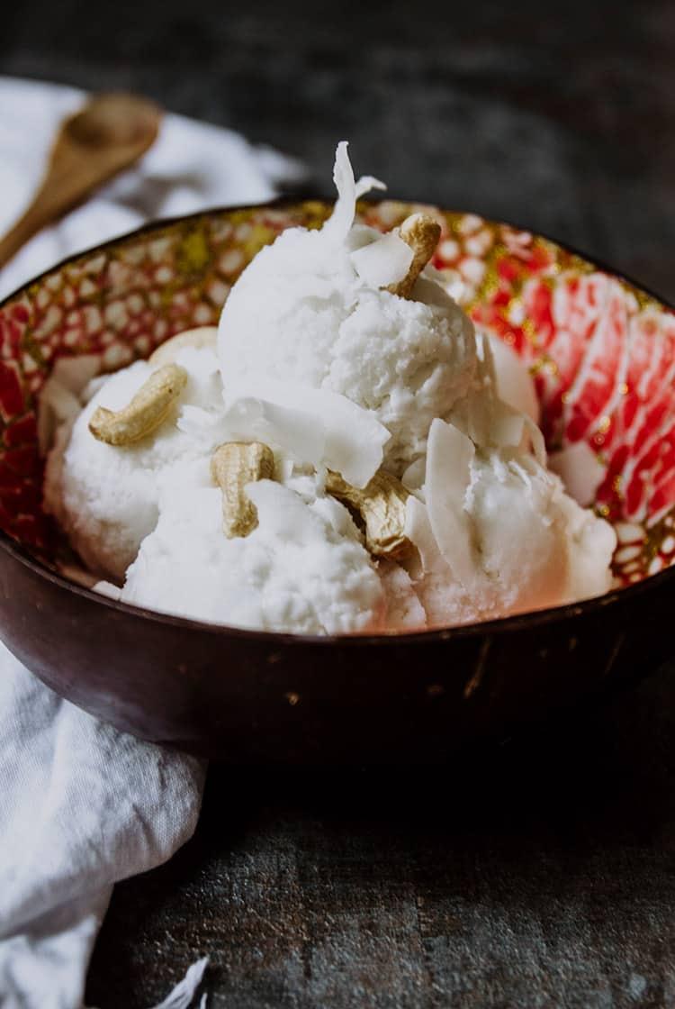 Thailändisches Kokoseis