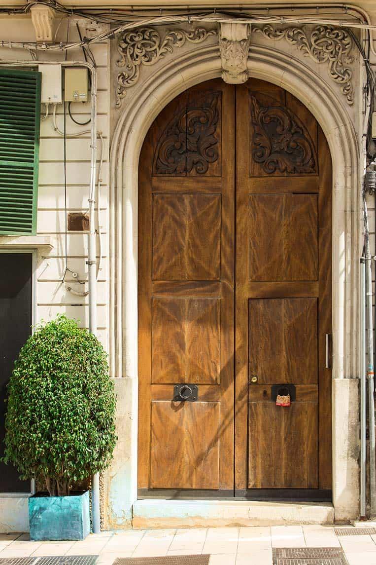 Eine der Schönen Türen in Palma