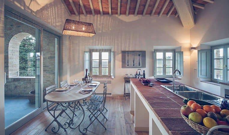 Küche eines Apartments | Foto: Toscana Resort Castelfalfi