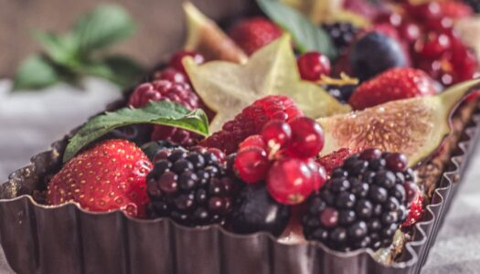 Tarte mit Ricotta Creme und frischen Früchten
