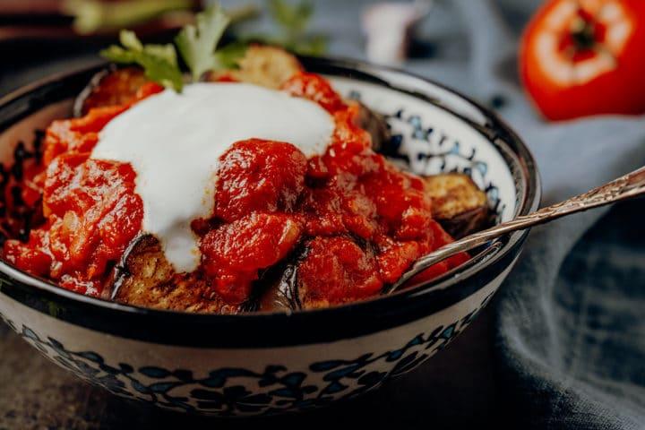 Gebratene Auberginen mit Joghurt - türkisches Meze Rezept