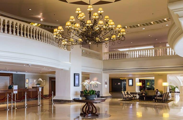 Die Lobby des Hotel Equatorial Melaka