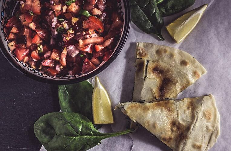 Gözleme mit Spinat und Schafskäse