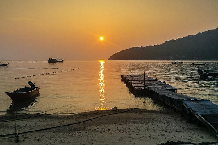 Sonnenuntergang am Teluk Pauh