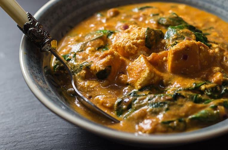 Palak Paneer Rezept | Indischer Frischkäse | Reisehappen