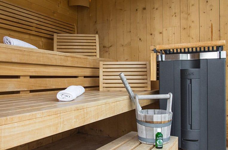 Einfach relaxen in der Sauna