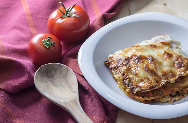 Der Klassiker der italienischen Küche: Lasagne al Forno mit einem Ragù Bolognese nach dem Originalrezept aus Bologna