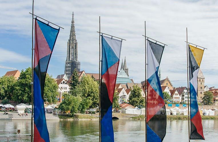 Der Marktplatz der Kulturen am Donaufest in Ulm