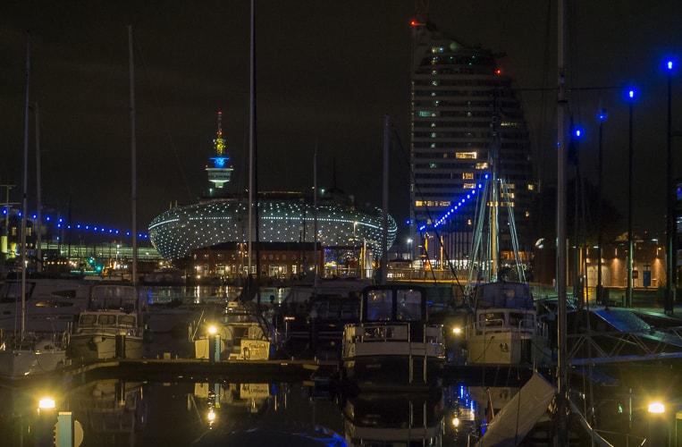 Die Havenwelten bei Nacht