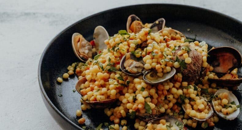 Fregola Sarda - Rezept für sardische Pasta mit Muscheln