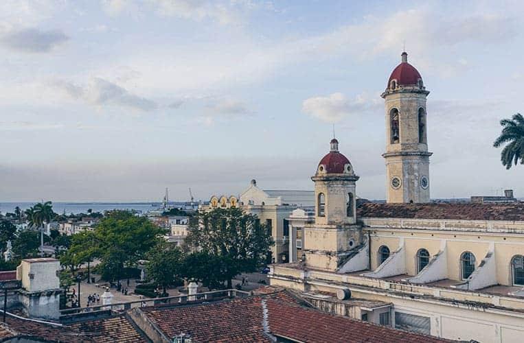 Ausblick vom Hotel La Union auf Cienfuegos, Kuba