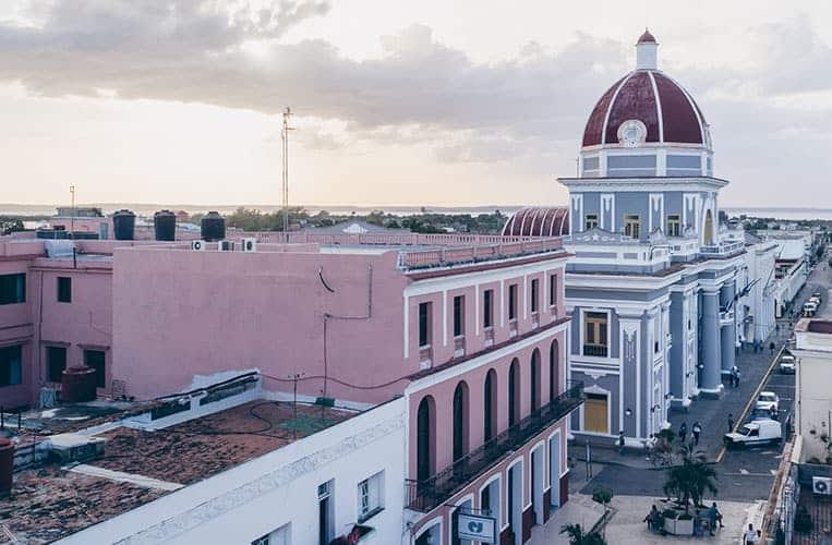 Ausblick vom Hotel La Union auf Cienfuegos