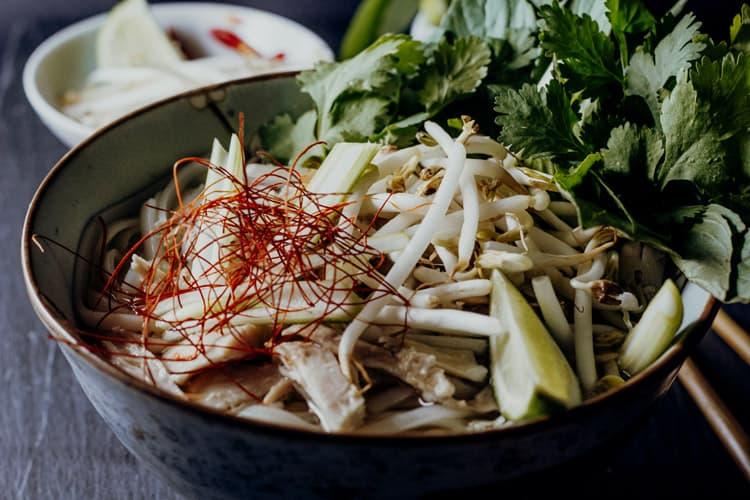 Vietnamesische Suppen – Pho Ga nach einem Rezept aus dem Mekong Delta
