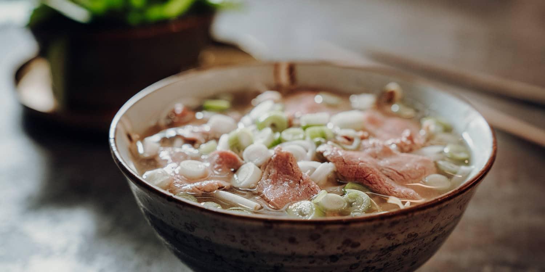 Pho Bo Saigon Rezept – Vietnamesische Nudelsuppe mit Rind | Reisehappen
