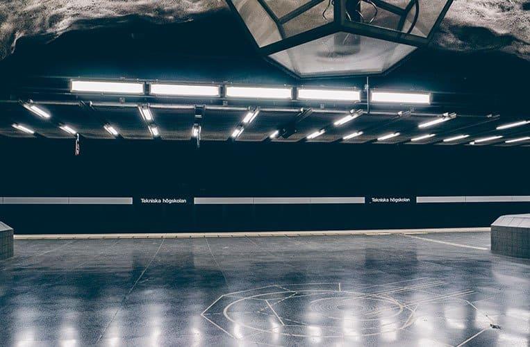 Tekniska högskolan (Technische Hochschule) – Stockholm Tunnelbana