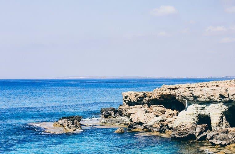 Sea Cave beim Grecian Bay Hotel, Zypern