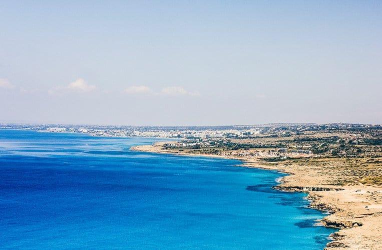 """Der Aussichtspunkt """"Cavos"""", Zypern"""
