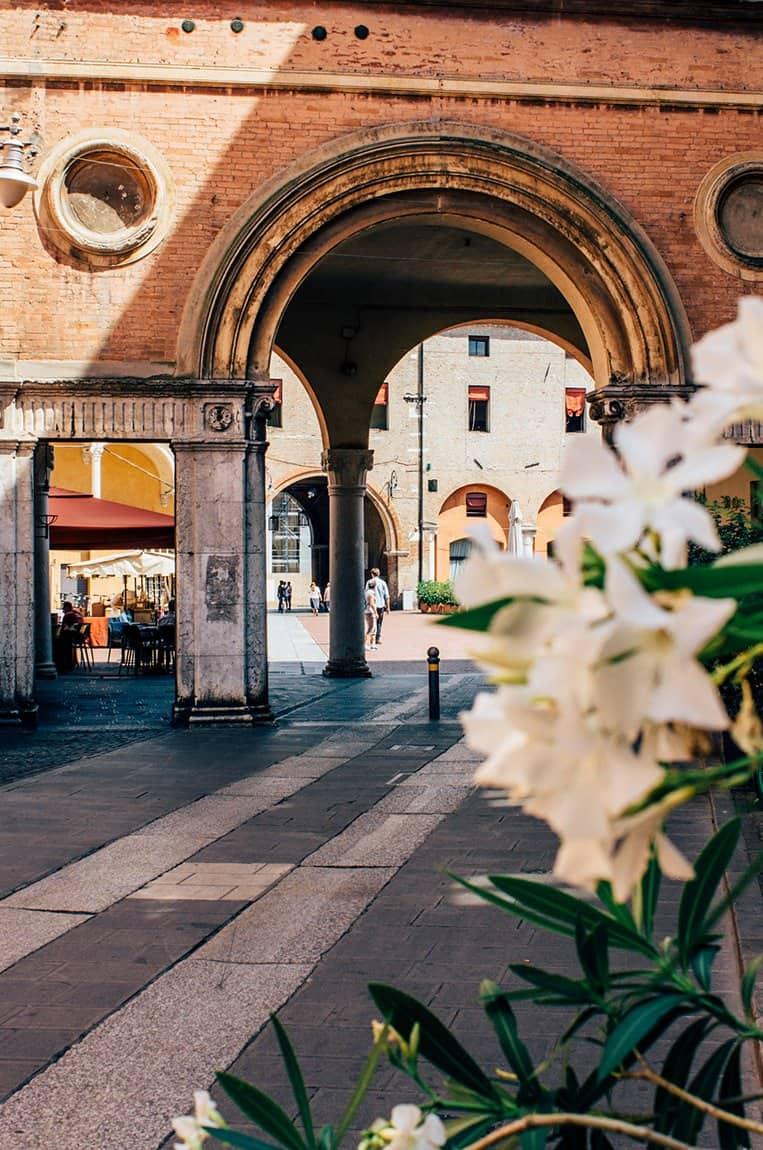 Ferrara: mit dem Fahrrad durch die schönsten Gassen der Emilia Romagna