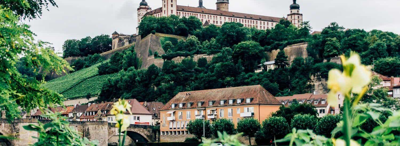 Würzburg – Geknickte im Kipf und die schönste Nebensache der Welt
