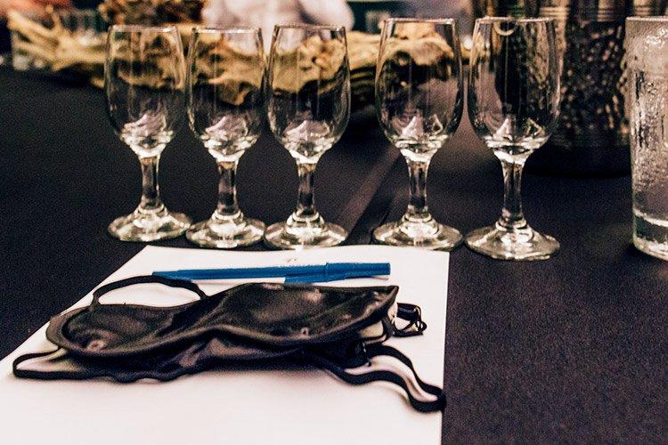 Blind Wine Tasting mit Sommelier Dan Tanner