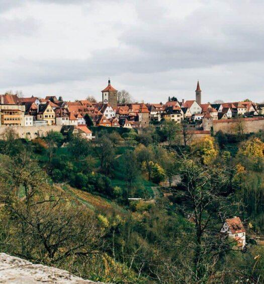 Rothenburg – vom Nachtwächter, Schneeballen und Weihnachtszauber