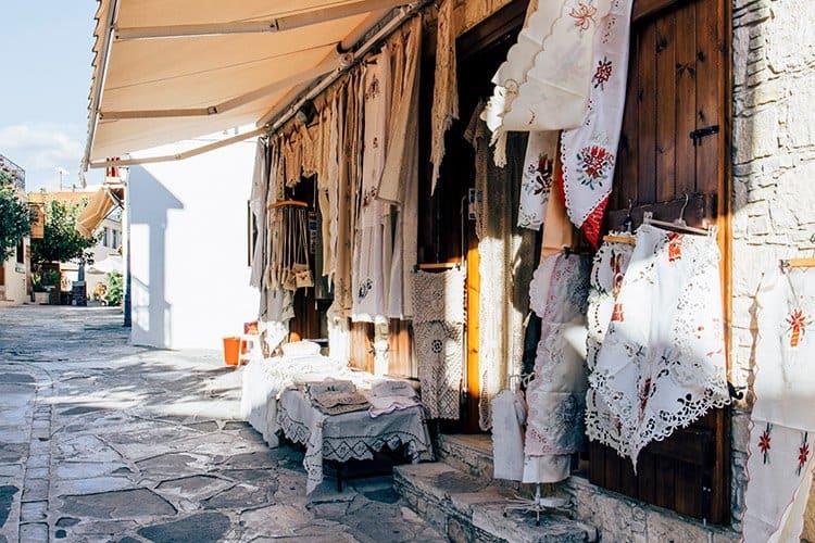 Ein Ausflug in das schönste Dorf Zyperns – das Weindorf Omodos