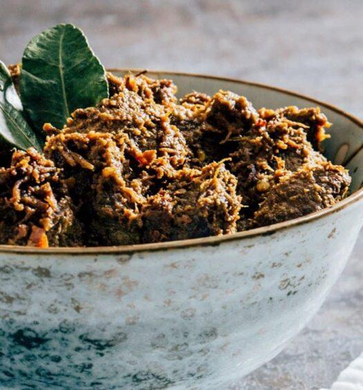 Würziges Beef Rendang Curry aus Indonesien