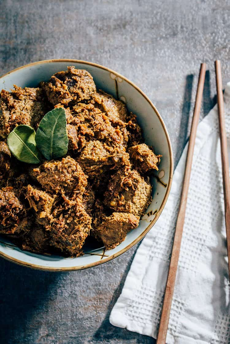Würziges Beef Rendang Curry aus Indonesien
