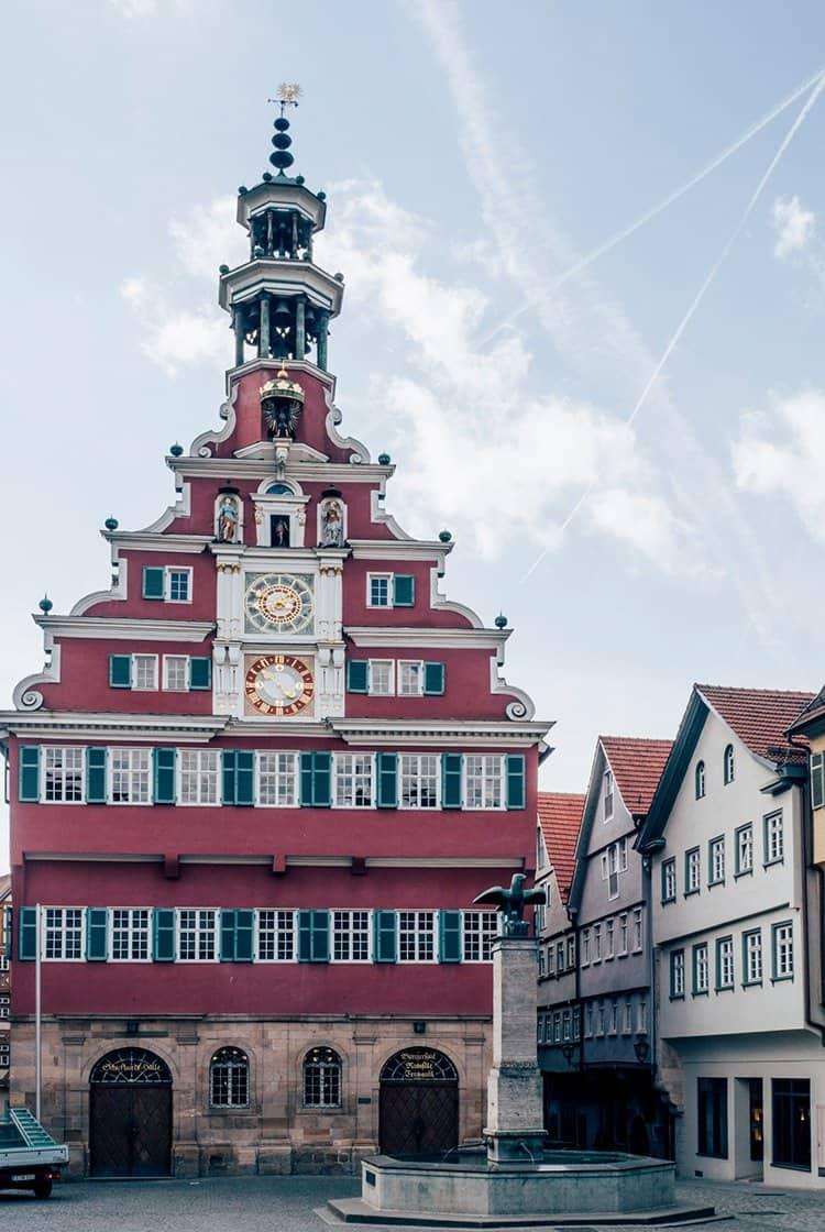 das Alte Rathaus mit seiner Renaissancefassade in Esslingen