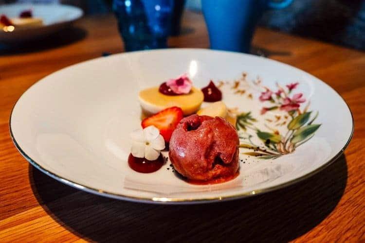 Dessert im Restaurant Pinella