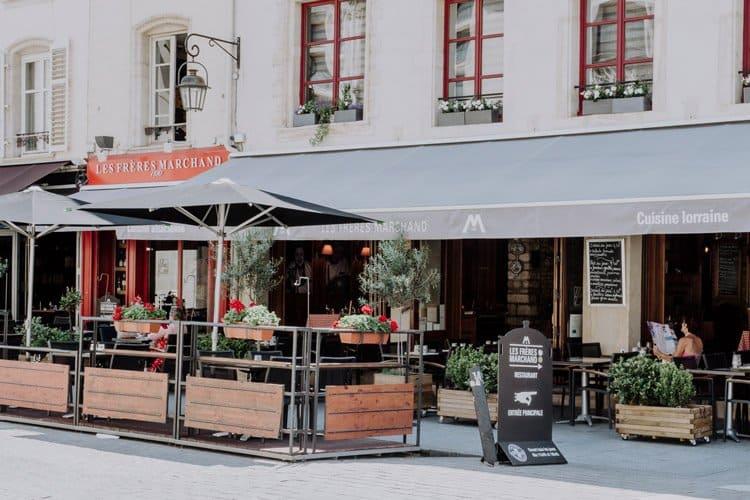 Das Restaurant Les Frères Marchand