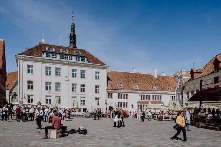 Der Rathausplatz in Tallinn