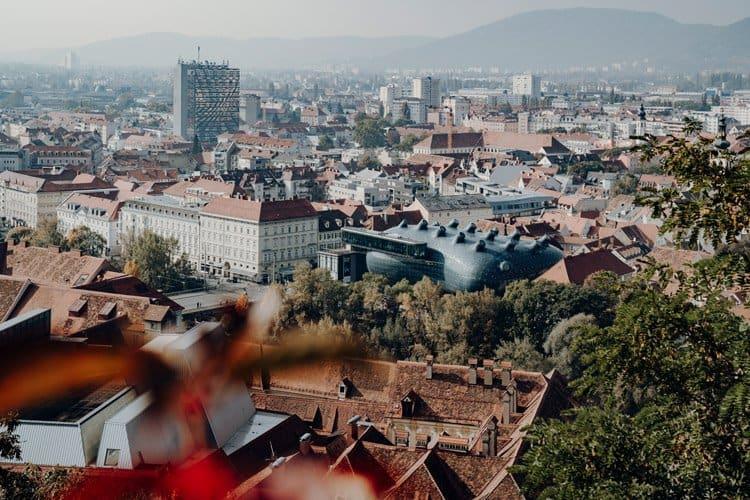 Besuche den Friendly Alien – das Kunsthaus von Graz