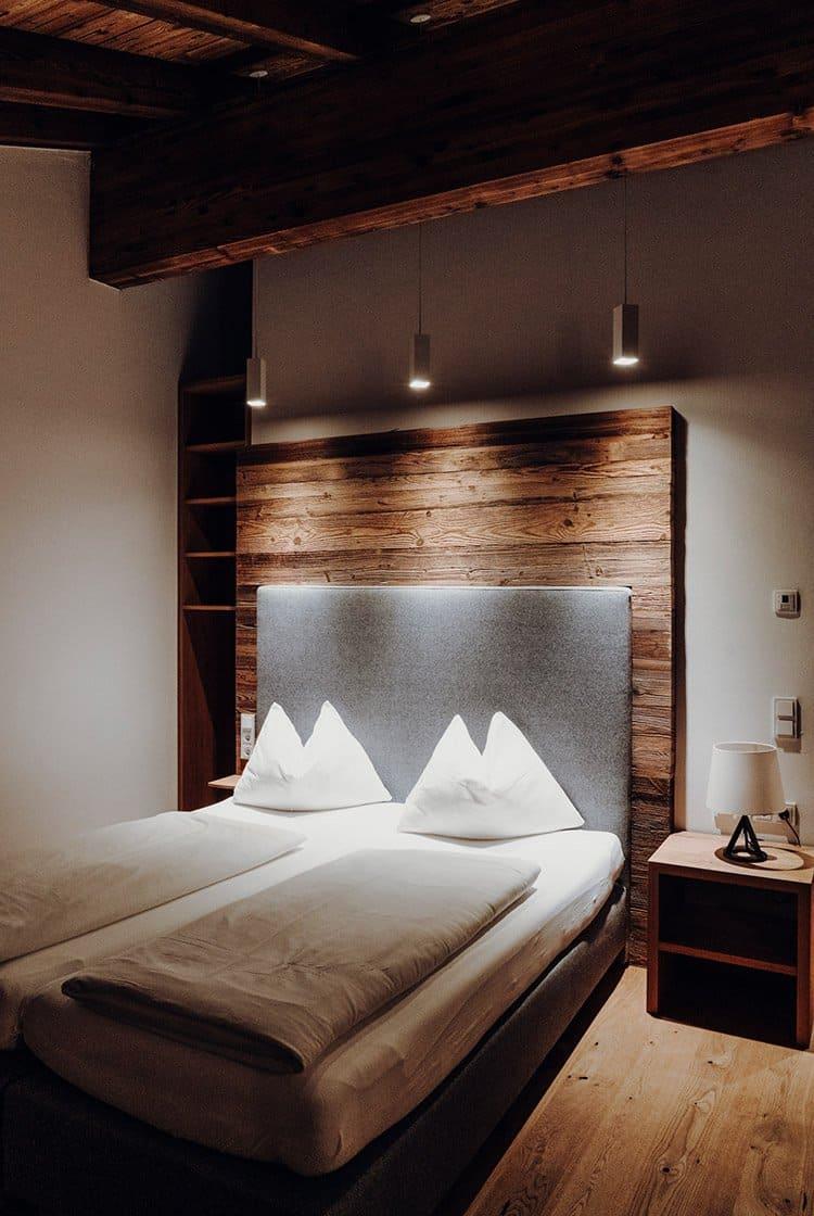 Stylische Suiten – ein Traum aus Holz im Hotel PURADIES