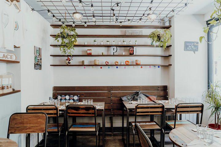 Positive Café Versailles