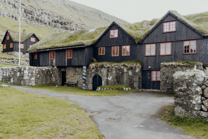 Die schönsten Orte auf den Färöer Inseln – Kirkjubøur