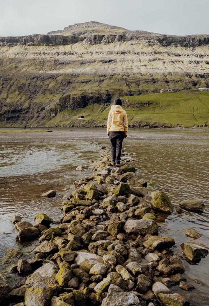 Wandern auf den Färöer Inseln – von Saksun zum schwarzen Strand