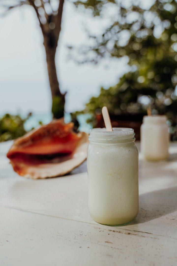 Limonada de Coco – Sol & Papaya – Isla Grande – Kolumbien