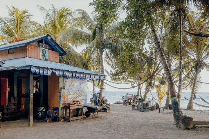 Roland's Bar Bahia Manzanilla Providencia Kolumbien