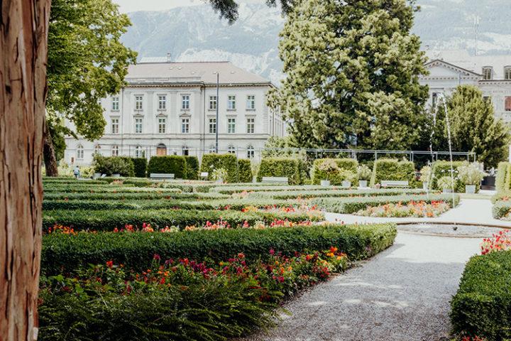Mache einen Spaziergang durch den Fontanapark Chur