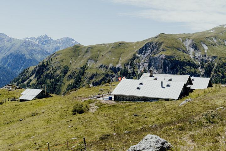 Entdecke die schönsten Wanderwege im Unterengadin Graubünden
